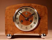 Art Deco Black Forest Very Stylish Walnut Mantel Clock c.1940 (3 of 8)