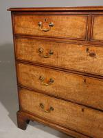 Good & Large George III Period Mahogany Chest of Drawers (5 of 5)