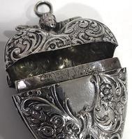 Large Edwardian Hanau Silver Heart Locket c1902 (4 of 6)