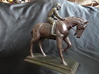 Fine Figurine of Horse & Jockey (3 of 5)