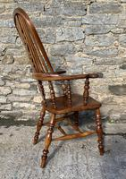 Pair of Antique Broad Arm Windsor Chairs (24 of 28)