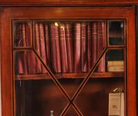 Georgian Glassed Bookcase in Mahogany & Inlays - 18th Century English (7 of 14)