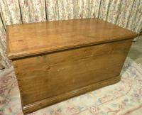 Victorian Stripped Pine Blanket Box with Lots of Storage (6 of 8)