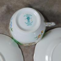 Crown Staffordshire, Fine Bone China Trio, Pattern No F15971 (5 of 9)