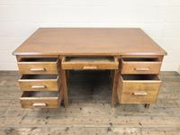 Early 20th Century Oak Desk with Six Drawers (3 of 10)