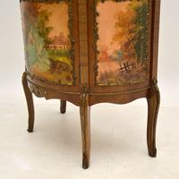 French Style Ormolu Mounted Display Cabinet (11 of 12)