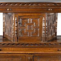 Good Late 17th Century Oak Court Cupboard (5 of 6)