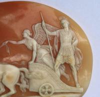 Very Fine Unmounted Carved Shell Angel of Peace Cameo - 4 Horse Chariot 19th Century (3 of 6)