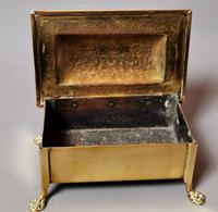 Antique Brass Tobacco Box, Heraldic (10 of 13)