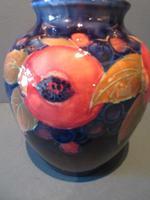 Moorcroft Seeded Pomegranate Shaped Vase (3 of 7)