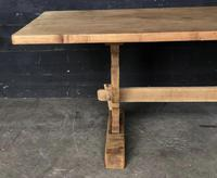 Trestle End Oak Farmhouse Dining Table (8 of 18)