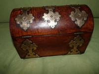 Dome Top Fitted Walnut Stationery Box c.1875 (7 of 11)
