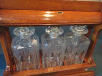 Antique Polished Oak & Ebony Three Bottle Tantalus (9 of 11)