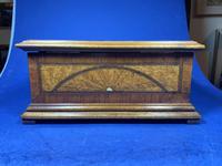 19th century French Walnut Inlaid Jewellery Box. (12 of 16)