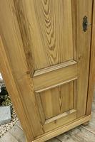 Fabulous Old Stripped Pine Cupboard / Wardrobe (4 of 11)
