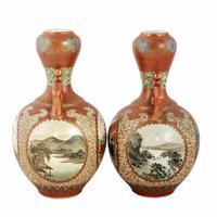Pair of 19th Century Kutani Porcelain Vases (2 of 8)