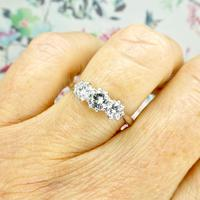 Vintage 18ct white gold transitional cut VS diamond trilogy ring 0.75ct (2 of 10)