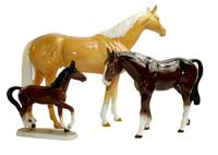 Large Beswisk Palomino Horse and 2 others (2 of 22)