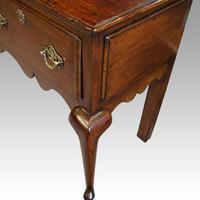 Fine George III Oak Cabriole Leg Dresser (4 of 8)