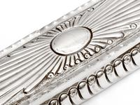 Victorian Silver Trinket Box with Gadroon Style Chased Body and Internal Gilding (4 of 8)