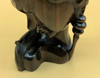 Outstanding Original Signed Carved Wooden Sculpture of a Trendy Art Deco Model (6 of 12)