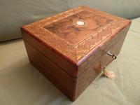 Large Figured Walnut Inlaid Jewellery Box + Tray c.1875 (4 of 12)