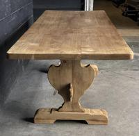 Trestle End Oak Farmhouse Dining Table (5 of 18)