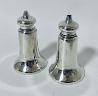 Pair of Antique Chester Silver Salt & Pepper Shakers (2 of 12)