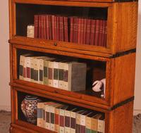 Globe Wernicke Oak Bookcase of Three Elements (6 of 12)