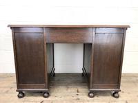 Early 20th Century Oak Kneehole Desk (14 of 14)