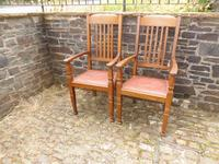 A Pair of Arts and Crafts Oak Chairs (2 of 10)