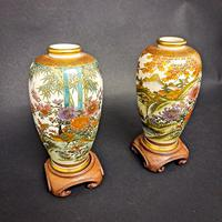 Pair of Chinese Vases on Stands (2 of 6)
