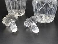 Attractive Pair of Late George III Period Decanters (4 of 4)