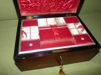 Inlaid Figured Walnut Jewellery – Work Box. Original Tray. C1870 (7 of 13)