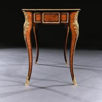 French 19th Century Gilt-Bronze Mounted Writing Table of Fine Quality (6 of 11)