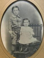 Enchanting Original Show-framed 19th Century Double Portrait Photograph of 2 Siblings (3 of 11)