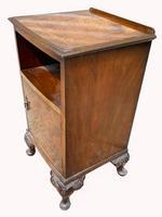 A Burr Walnut Bedside Cabinet (3 of 3)