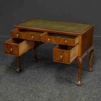 Chippendale Style Mahogany Desk (2 of 8)