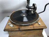 Horn Gramophone 1910 Oak Cased (3 of 7)