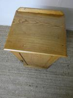 Pair of Scottish Ash Bedside Cabinets (5 of 9)
