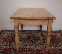 Antique Pine Table with Turned Legs (4 of 11)