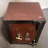 Small Antique Safe with Key, Coopers Safe Co, London (3 of 7)