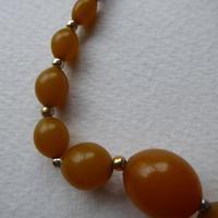 Graduated Bakelite Bead Necklace (7 of 11)