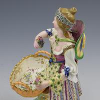Fine Pair Minton Porcelain Sweetmeat Figures with Baskets Models 84 & 85 c.1830 (15 of 23)