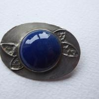 Arts & Crafts Pewter Brooch Dark Blue Stone (8 of 8)