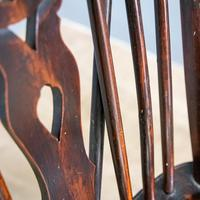 Yew & Elm Windsor Chair (9 of 11)