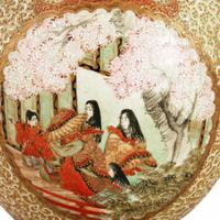 Pair of 19th Century Kutani Porcelain Vases (7 of 8)