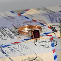 The Antique 1919 Rose Gold Garnet Ring (3 of 5)