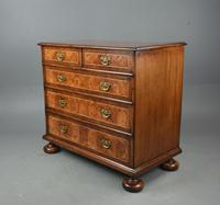 18th Century Oyster Chest of Drawers (3 of 5)