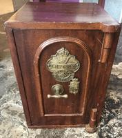 Antique Hopkins Birmingham Cast Iron Compact Safe with 2 Keys (3 of 9)